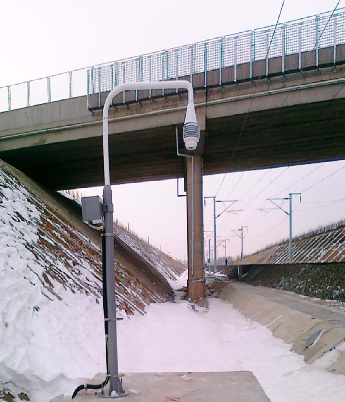MC80 超声波雪量传感器1180.jpg